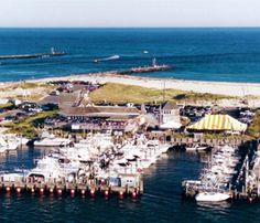 Oakland's Marina and Restaurant, Hampton Bays