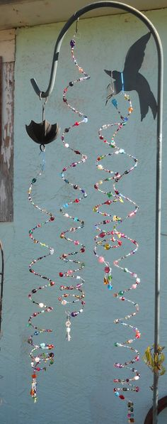 Colorful Sparkling Rainbow Suncatcher Crystal Suncatcher Beaded Suncatcher Sun Sparkler Beaded Mobile with Glass Beads and Crystals Wire Crafts, Fun Crafts, Diy And Crafts, Crafts For Kids, Arts And Crafts, Garden Crafts, Garden Art, Diy Wind Chimes, Wire Art