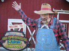 Ripley's Old MacDonald and Davy Crockett Mini Golf | Ripley Attractions in Gatlinburg, TN