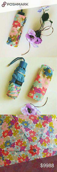 BNWT Floral Bud Fulton Tiny-2 Umbrella