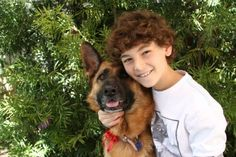 TOUCH's David Mazouz is the Pawfect Star role model!