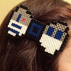 R2D2 Star Wars bow perler beads by vita_ray_arts