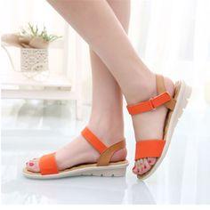 Süße Damen Grundlegende Klebstoff Sandalen 3 Farben Patch Bequeme Flache Frauen Schuhe Sommer Stil Weichen Leder Freizeit Sandalen