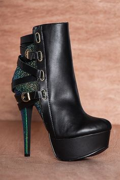 Strapped for Cachet Platform Stiletto Ankle Booties REALLOVE-19 - BK/GN