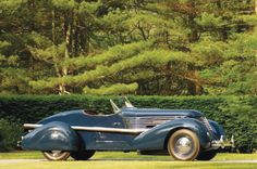 Completed in 1937 by Frank Kurtis, Tommy Lee's one-of-a-kind Speedster was said to have cost $25,000, a princely sum in the midst of the Depression.