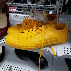 Yellow rubber converse.. not in my size!!
