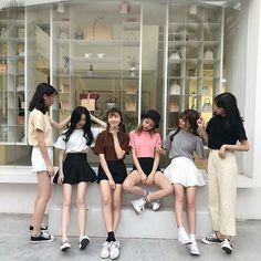 Photo ideas Pregnancy pregnancy or period Mode Ulzzang, Ulzzang Korean Girl, Ulzzang Girl Fashion, K Fashion, Korean Fashion, Aesthetic Korea, White Aesthetic, Best Friends Aesthetic, Korean Best Friends