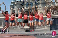 Este momento se acerca... etiquetá con quién compartirias este salto inolvidable frente al castillo de Disney's Magic Kingdom! #febrero2017 allá vamos!