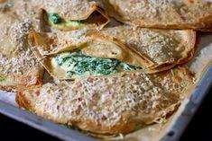 Speltpannekaker med Ricotta og spinat – Berit Nordstrand Ricotta, Bon Appetit, Bread, Chicken, Food, Spinach, Breads, Baking, Meals