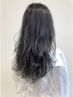 Hummer, Gray Hair, Hare, Hair Inspo, Hair Goals, Hair Color, Hair Beauty, Hairstyles, Long Hair Styles