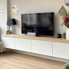Living Room Decor Tv, Living Room Wall Units, Home Living Room, Apartment Interior Design, Interior Design Living Room, Living Room Designs, Rectangular Living Rooms, Chill Room, Ikea Home