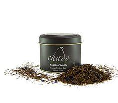 """Afrika'nın Western Cape bölgesinde yetiştirilen ve""""kırmızı çay""""olarak da bilinen Rooibos yapraklarının vanilya parçaları ile çok özel bir karışımdır."""