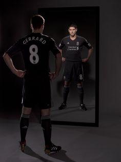 Gerrard the legend Liverpool Legends, Liverpool Players, Liverpool Fc, Liverpool Football Club, Stevie G, Steven Gerrard, Champions Of The World, European Soccer, Fc Chelsea