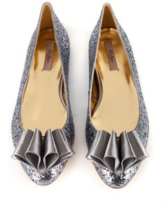 SAMPTO - Origami bow pump >> love these from Ted Baker!