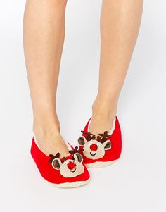 Buy River Island Cat Velvet Ballet Slippers at ASOS. With free delivery and return options (Ts&Cs apply), online shopping has never been so easy. Get the latest trends with ASOS now. Slipper Socks, Slippers, Xmas Eve Boxes, Shoe Boots, Shoes Heels, Bags Uk, Reno, Reindeer, Heeled Mules