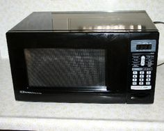 Emerson Countertop Microwave : Black Emerson Countertop Microwave #MW9107B - Listing # 209697