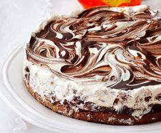 Keksihyllystä löydät maukkaat LU-keksit sekä herkullisia reseptejä arkeen ja juhlaan! Cute Desserts, No Bake Desserts, Dessert Recipes, Perfect Cheesecake Recipe, Cheesecake Recipes, Sweet Pastries, Let Them Eat Cake, Yummy Cakes, No Bake Cake