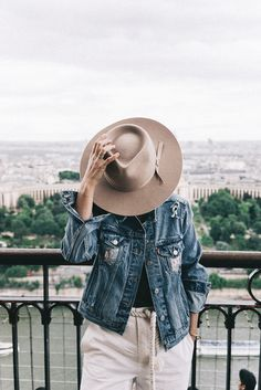 Hat Love💗Lack of Color Love Fashion, Vintage Fashion, Walk In Robe, Collage Vintage, Outfits With Hats, Autumn Winter Fashion, Winter Style, Jeans Style, Dress To Impress