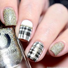 Extend style to your fingernails using nail art designs. Donned by fashion-forward celebrities, these nail designs will add instant glamour to your apparel. Simple Nail Art Designs, Best Nail Art Designs, Toe Nail Designs, Fall Nail Designs, Beautiful Nail Designs, Easy Nail Art, Beautiful Nail Art, Nails Design, Plaid Nail Art