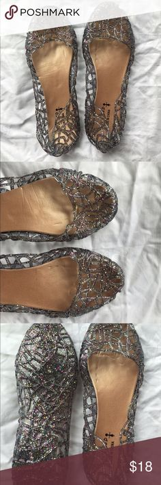 Espresso Sparkle Jelly Flats - European 39 USA 8.5 These unbranded sparkly golden beige-translucent grey jelly flats are perfect for summer! They are a European size 39 or USA 8.5. They are new with small defects and come from a smoke free home. No swaps/trades. Yes to offers and bundle discounts!!!   Defects: the factory put these at the bottom of the box where the tops were pressed into them leaving a small web-like imprint in the soles. This can not be seen when they are on your feet…
