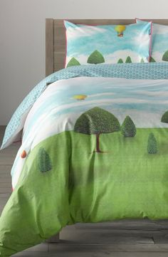 Adorable bedding collection! Parkland + hot air balloon print.