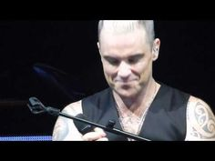 Robbie Williams - Bohemian Rhapsody [Live in Madrid 2015 HD Let Me Entertain You Tour] - YouTube