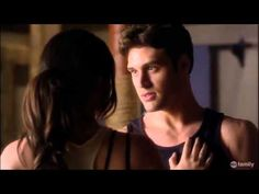 Aria tries to get over Ezra by dating Jake