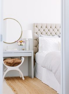 8 BEST TUFTED HEADBOARDS: simple and glam #bedroom idea, ideal for your #home's guest suite