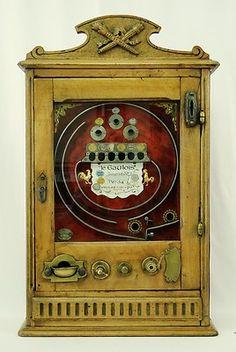 Antique French 1914 Le Gaulois Slot Machine Trade Stimulator Pinball Machine