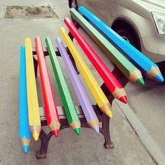 Street art ideas for kids 65 Ideas Street Art Graffiti, Graffiti Artists, Amazing Street Art, Amazing Art, Awesome, Creation Art, Street Furniture, School Furniture, Furniture Nyc
