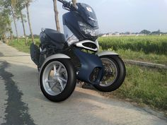 Yamaha Nmax Trike, front end kit by RWIN Development SOLO Indonesia. 4 Wheels Motorcycle, Yamaha Nmax, Trike Kits, Custom Bikes, Custom Motorcycles