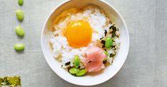 L'un des plats les plus populaires au Japon: du riz cuit, un œuf cru, une garniture et voilà un petit-déjeuner nutritif pour bien commencer la journée.