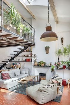 Interior design ideas: how to transform a Victorian warehouse for just - in pictures Small Space Interior Design, Apartment Interior Design, Duplex Apartment, Cosy Interior, Loft Design, House Design, Design Design, Red Floor, Red Home Decor