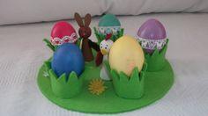 Felt egg holder for the Easter breakfast table
