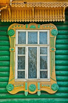 The Shorin House, Gorohovets - window detail Wooden Architecture, Russian Architecture, Beautiful Architecture, Architecture Details, House Windows, Windows And Doors, Cottage Windows, Window Art, Window Frames