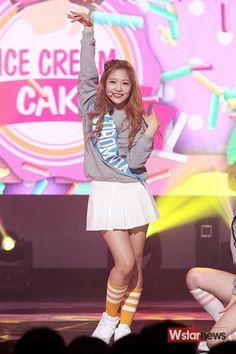 red velvet kpop ice cream cake kim yeri
