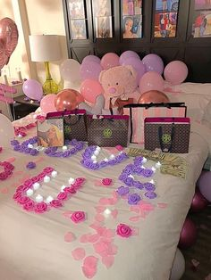 Romantic Dates, Romantic Dinners, Romantic Gifts, Birthday Goals, Diy Birthday, Romantic Room Surprise, Fotos Baby Shower, 21st Bday Ideas, Cute Date Ideas