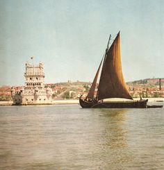 Barco à vela no Tejo