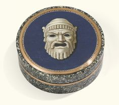 A gold-mounted micromosaic and granite snuff box, Italy, circa 1810-1820 - Sotheby's