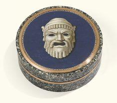 Agold-mounted micromosaic andgranite snuff box, Italy, circa 1810-1820 - Sotheby's