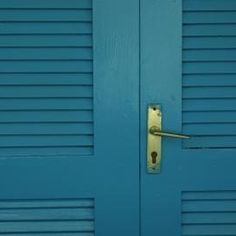 Painting slatted doors can result in missed areas if you aren't careful.