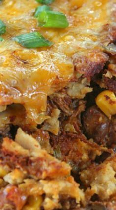 Leftover Mexican Style Crock Pot Chuck Roast Enchiladas - these leftover Mexican style crock pot chuck roast enchiladas tastes AMAZING! Recipes With Beef And Rice, Beef Recipes For Dinner, Leftovers Recipes, Mexican Food Recipes, Mexican Meals, Mexican Dishes, Crock Pot Chuck Roast, Chuck Roast Recipes, Pork Roast Recipes