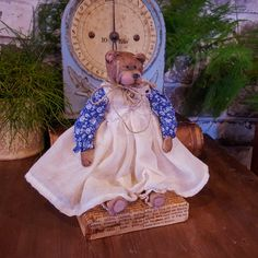 Teddy Bear - Handmade Art Doll - Artistic Doll - Handmade - Doll - Collectible - Old Fashioned - OOAK Doll - Teddy - Miniature - Bear by Rustiikkitupa on Etsy Ooak Dolls, Art Dolls, Tiny Teddies, Primitive Painting, Hand Shapes, Paper Clay, Fabric Dolls, Handmade Art, Miniatures