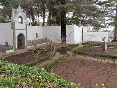 Costa da Caparica - Romantismo e harmonia emolduram o Convento dos Capuchos