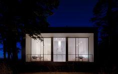 North Beach / Heliotrope Architects