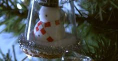DIY Mini Snow Globes Will Add A Personal Touch To Your Chirstmas Tree
