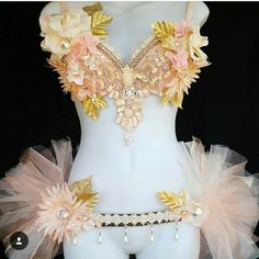 Gold and blush floral bra and bustle tutu ready to ship! Click the link in our bio to purchase this or check out other pre-made items! Tag a friend who would like this! We are accepting just a hand full of orders for EDC and other summer. Rave Costumes, Burlesque Costumes, Clubbing Outfits, Rave Outfits, Pretty Bras, Pretty Lingerie, Goddess Bras, Circus Outfits, Diy Bra
