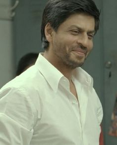 "[HQ Caps] Shah Rukh Khan [ @Omg SRK ] in film ""ChakDe! India"" (2007) #SRK #KingKhan pic.twitter.com/lj64z4cVKU"