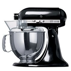 KITCHEN AID Artisan mixer onyx black....a girl has gotta dream