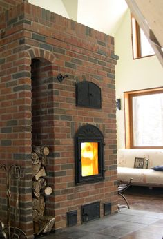 Wood Stove Heater, Stove Oven, Indoor Pizza Oven, Stone Masonry, Pole Barn Homes, Sky Garden, Brickwork, Pergola Patio, Living Room With Fireplace